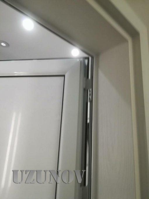 здрава алуминиева врата бяла