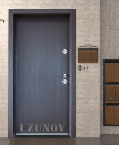 Входна блиндирана врата за апартамент